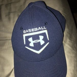 Under Armor fitted youth hat